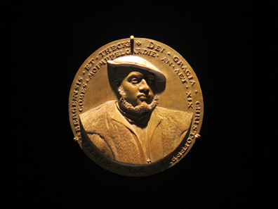 Wooden model for a portrait medal of Christoph of Wuerttemberg by Christoph Weiditz. Augsburg, 1533/4. Photograph: KW.