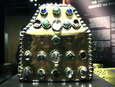 Reliquary from the Abbey of St Maurice. Treasury of the Abbey of St Maurice d?Agaune. Photo: UK.