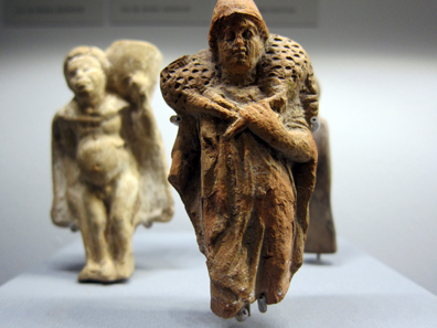 Taranto(?). Statuette of a ram-bearer. 2nd half of the 5th to 4th century BCE. Photo: KW.