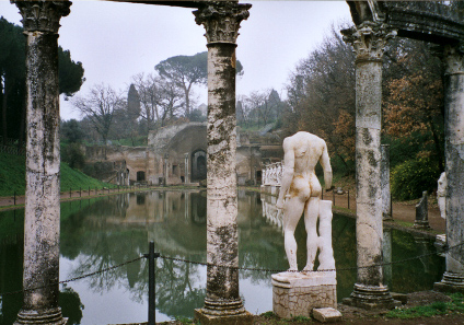 Architectural structures like the Canopus and the Serapeion in Hadrian's Villa at Tivoli reflect Hadrian's experiences in the Roman Empire. Photo: Aquilifer / http://creativecommons.org/licenses/by-sa/3.0/deed.en