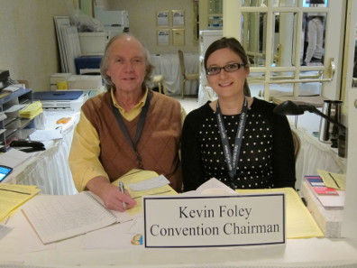 Two generations of coin fair organizers: Kevin Foley and his daughter Patricia. Photo: UK.