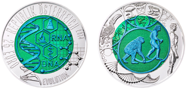 A hit at the World Money Fair: The new bicoloured Niobium coin. Photo: Austrian Mint.