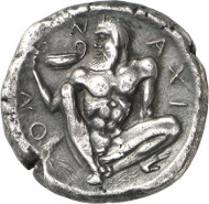 Lot 45: NAXOS (Sicily). Tetradrachm, c. 460 B. C. Ex Ward Coll. (Sotheby's Zurich 1973), 176. Very rare. Slightly coarse surface. Very fine / very fine to extremely fine. Estimate: 8,000 euros. Final price: 47,000 euros.