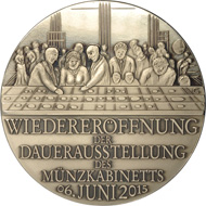 The medal on the reopening of the Coin Cabinet was created by Peter-Götz Güttler. Copyright: Staatliche Kunstsammlungen Dresden.