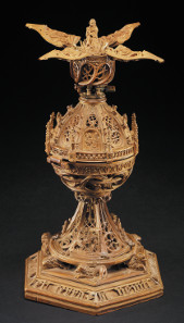 Miniature tabernacle and case. Boxwood, leather, gold fittings. 1510-1525. Designed as an interactive aid to prayer, which comes apart and opens like a flower to reveal further areas of minute carving with scenes from Life and Passion of Christ. The Waddesdon  Bequest. © The Trustees of the British Museum.
