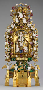 The Holy Thorn Reliquary. Gold, enamelled, with sapphires, rubies and pearls, 1390s. Made to display a Thorn, supposedly from the Crown of Thorns worn by Christ at his Crucifixion. The Waddesdon  Bequest. © The Trustees of the British Museum.