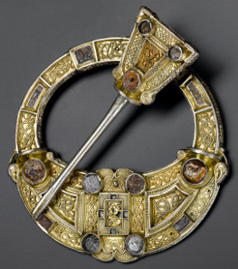 Hunterston brooch. Silver, gold and amber. Hunterston, south-west Scotland, AD 700-800. © National Museums Scotland.