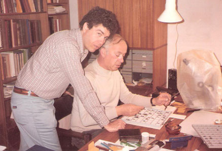 Shraga Qedar with David Hendin in 1982. Photograph by Don Simon.