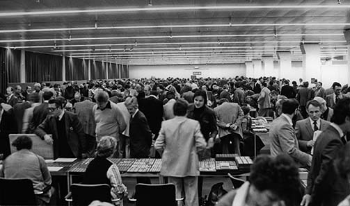 The floor during the 10th international coin show Basel in 1981.