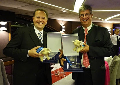 Manfred Matzinger-Leopold (l.) and Gerhard Starsich (r.) are happy about their Awards. Photograph: UK.