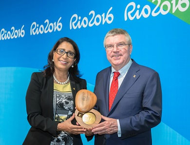 The new Olympic and Paralympic medals were presented to the public in Barra Olympic Park by Nawal El Moutawakel, IOC Member (MAR) and President of the Rio 2016 Coordination Commission and Thomas Bach, IOC President. Photo: © 2016 / Comité International Olympique (CIO) / Ian Jones.