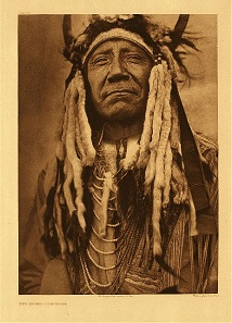 Chief Two Moons. Photo: Edward S. Curtis 1910.