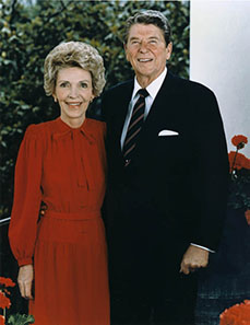 Official portrait of Ronald and Nancy Reagan from 1985. Source: Wikipedia.