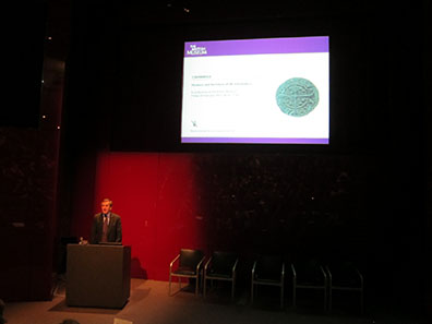 Neil MacGregor, Director of the British Museum welcomes the participants of the colloquium.