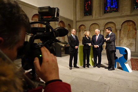 The actual media conference was held inside the warm church. From left to right: Michel Müller (President of the church in Zurich), Corine Mauch (Mayor of Zurich), Johann Schneider-Amman (Federal Councilor) and Gottfried Locher (President of the FSPC). Photo: UK.