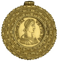 Medallion of Honorius, Ravenna, AD 402-406, ex Velp hoard 1715. Photo: ©NNC.