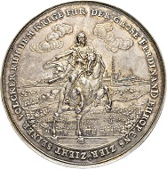 Lot 3171: Germany. Nurnberg. Silver medal 1649. Cabinet piece. Good extremely fine. Estimate: 5,000 CHF. Result: 16,000 CHF.