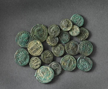 Some of the 22,888 coins of the Seaton Down Hoard. ©RAMM.