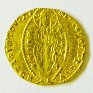 Gold ducat of Andrea Dandolo, Venice, 1343-1354. Photo credit: Princeton University Library Numismatic Collection.