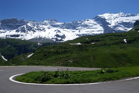 The Klausen pass links the cantons Uri and Glarus. Photo: Friedrich Böhringer / CC BY-SA 2.5