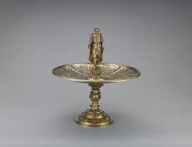 The Vitellius Tazza, c.1587 – c.1599 (figure and dish), 19th century (foot); Netherlands?; silver gilt: The Metropolitan Museum of Art, Fletcher Fund 1945; 9.2018. Photo: © The Metropolitan Museum of Art.