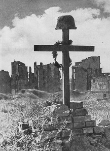 Grave of a rebel, executed on August 31, 1944. Photo: Tadeusz Bukowski / Wikipedia.