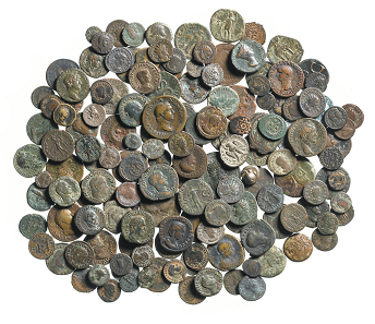 The coin collection found at Scotney Castle. Photo: Andy Chopping / MOLA.