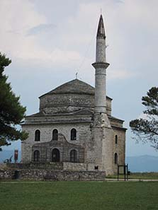 Fetiye Mosque with the tomb of Ali Pasha in front of it. Photograph: KW.