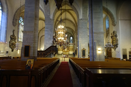 The interior of the cathedral – not very different from medieval churches in Northern Germany. Photo: KW.
