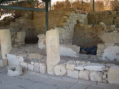 Remains of ancient Akanthos. Photograph: KW.