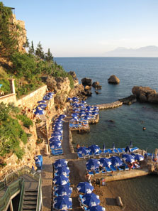 Antalya's public beach. Photo: KW.