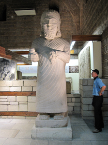 Monumental statue from Carchemish. Photograph: KW.