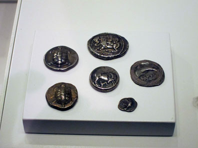 Coins with animals. Photo: UK.