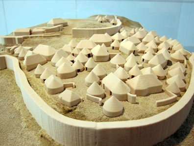 Model of a Hilltop Settlement. Photo: KW.