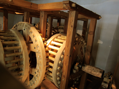 Once gigantic mill wheels animated this machine. Photo: KW.