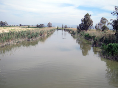 A view of the small Meander River. Photo: KW.